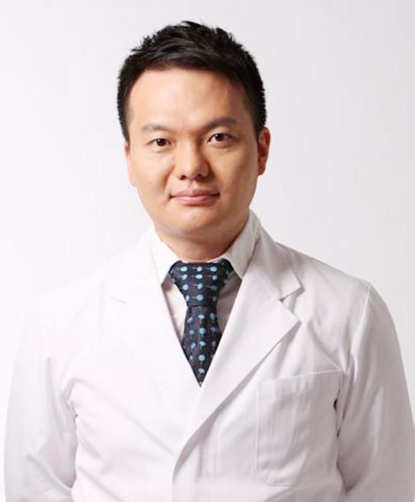 達文西牙醫-吳權倫院長